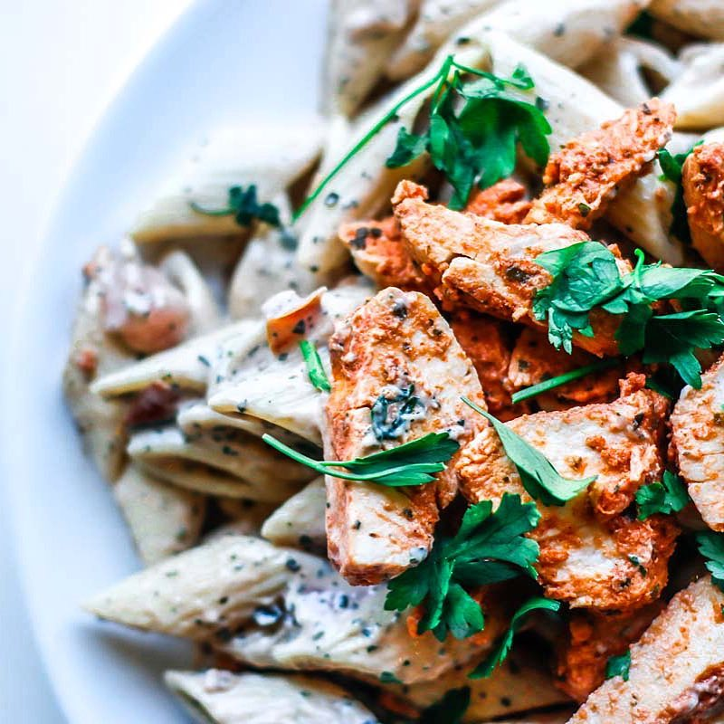 A Simple Chicken and Parsley Pasta for the Rainy Dayshellip