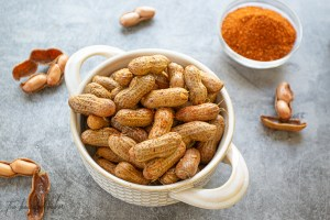 Nashville Hot Boiled Peanuts in your Instant Pot! Oh baby!