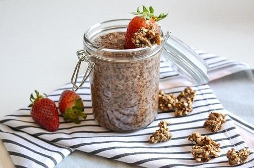 The Beauty Shake Recipe – Chia Seed Pudding packed with protein, fibre and collagen