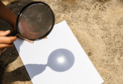 Fire from Sunlight with a magnifying glass