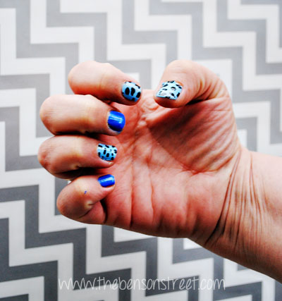 Blue Street Style Nails at www.thebensonstreet.com