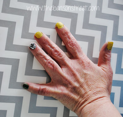 Street Style Yellow Nails at www.thebensonstreet.com