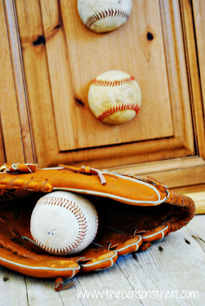 Baseball Home Decor Idea at www.thebensonstreet.com
