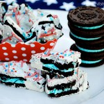 Patriotic Cookies & Cream Bark Recipe at www.thebensonstreet.com