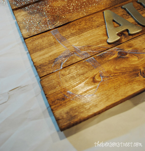 Easy Glittered Autumn Pallet Sign at thebensonstreet.com