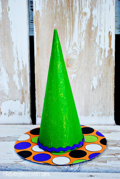 Green Witch Hat at thebensonstreet.com