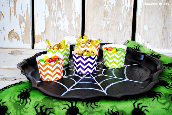 Spider Web Party Tray Tutorial at thebensonstreet.com