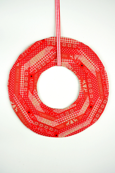 washi-tape-christmas-wreath