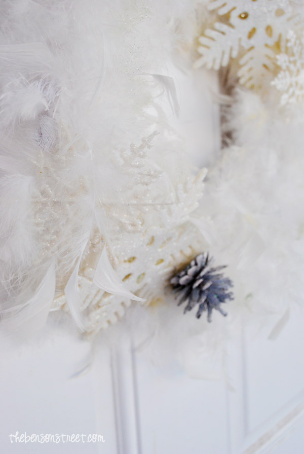 Snowy Inspired Wreath at thebensonstreet.com