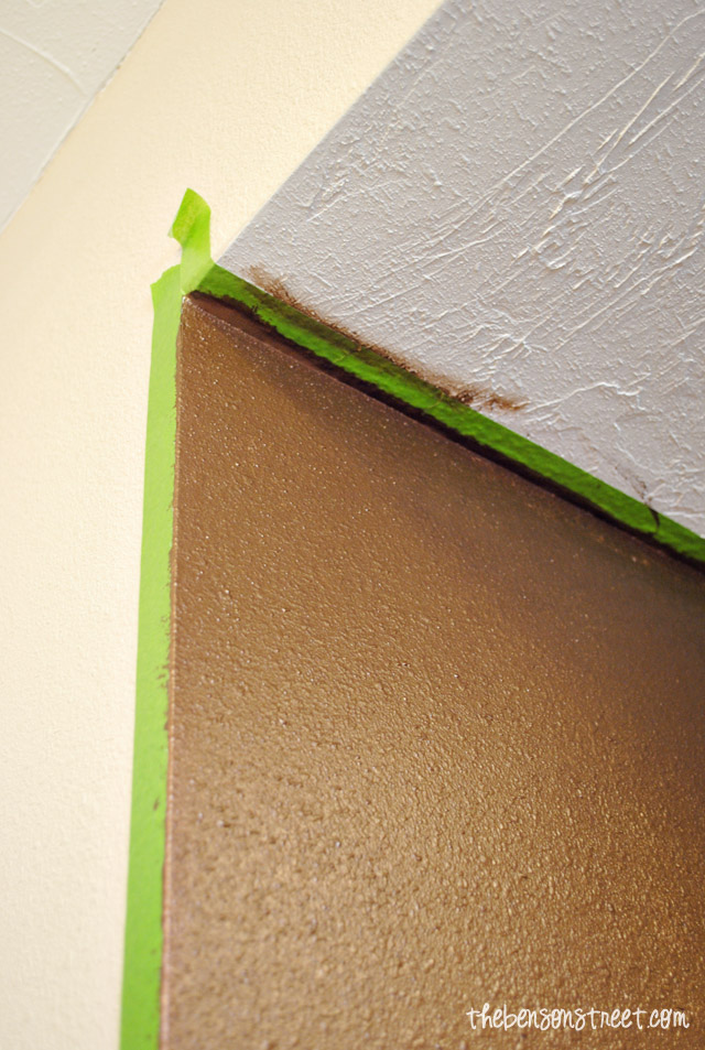 Tips for painting interior walls with metallic paint at thebensonstreet.com