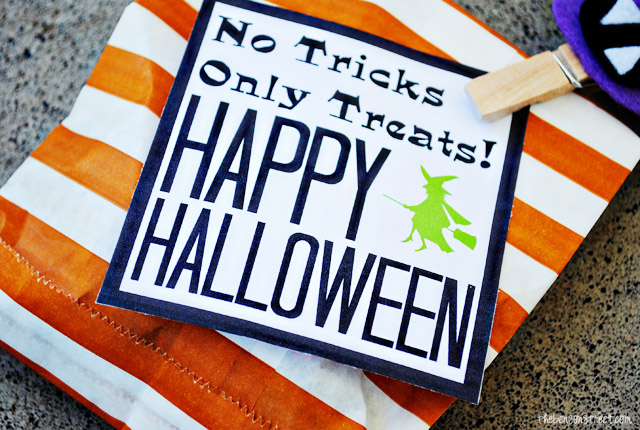 Easy Halloween Treat Bags plus printable at thebensonstreet.com