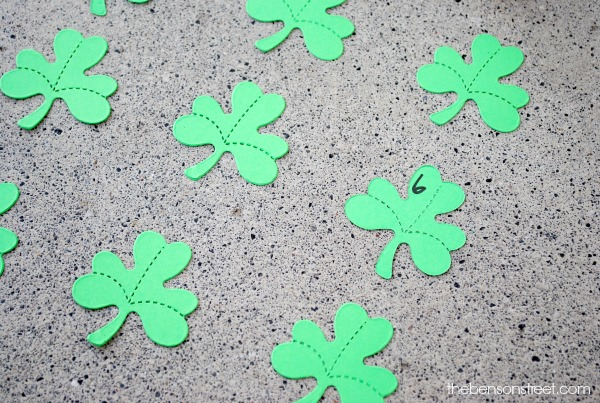 Shamrock Number Matching Game at thebensonstreet.com