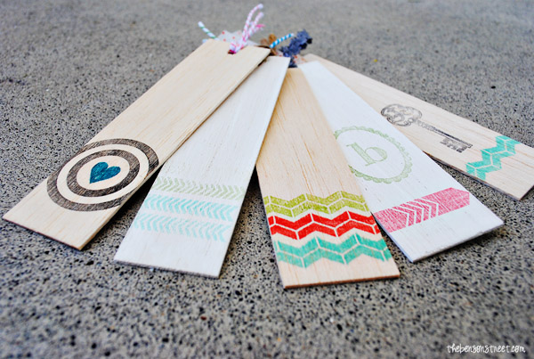 Adorable-Wooden-Stamped-Bookmarks