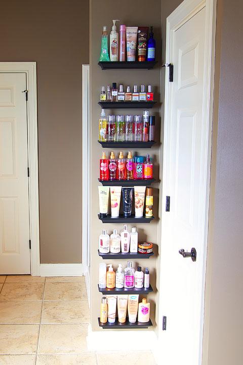 bathroom-shelves-organizing-perfumes-and-lotions-1b