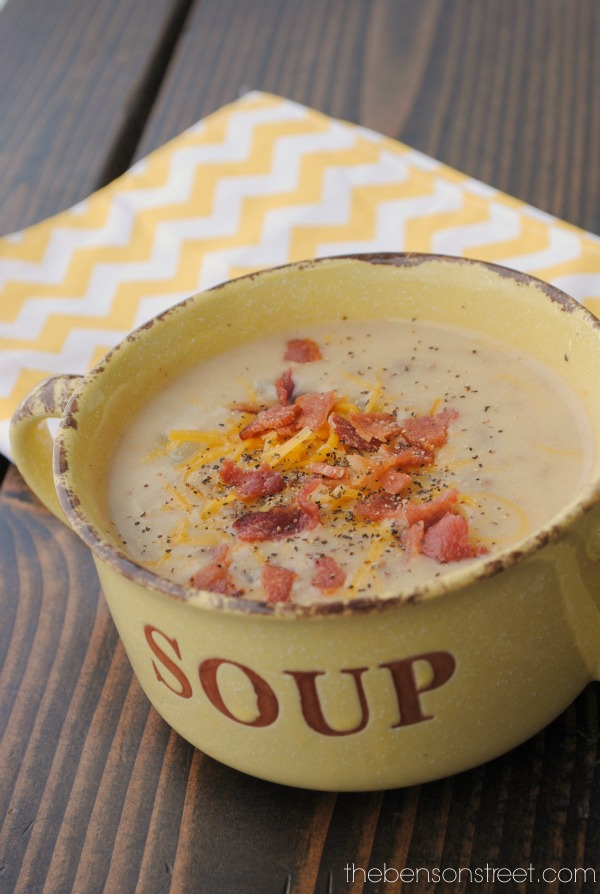 Perfect for a cool night's dinner! Cheeseburger Chowder Recipe at thebensonstreet.com