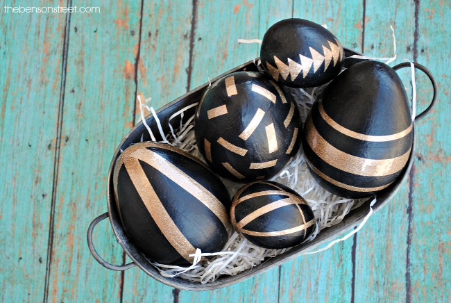 Gorgeous Black and Gold Easter Egg Decor by thebensonstreet.com