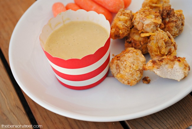 Healthy Baked Chicken Nuggets Recipe that kids will love via thebensonstreet.com