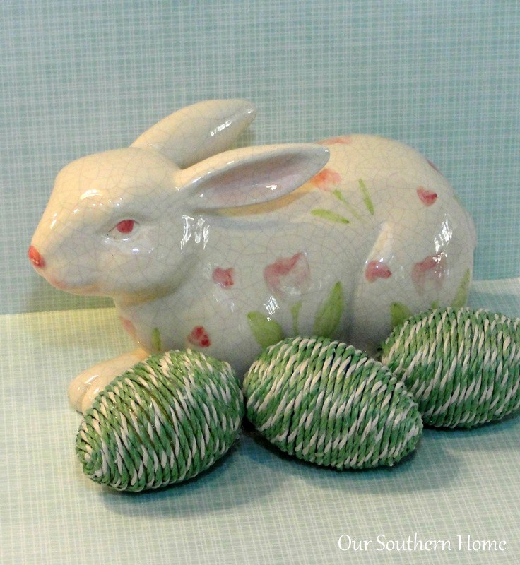 Get ready to craft. Sharing 15+ gorgeous DIY Easter Egg Ideas to craft at thebensonstreet.com