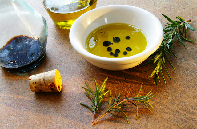 Oil and Vinegar Fantastico! From MilanMilan