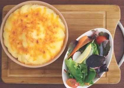 Where to Eat: Crown & Anchor Bar, Restaurant & Terrace