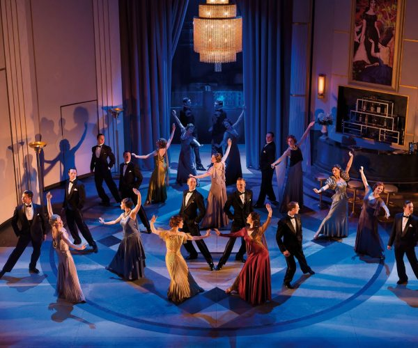 Top Hat Ensemble. Aldwych Theatre. Photo credit Brinkhoffand Mogenburg