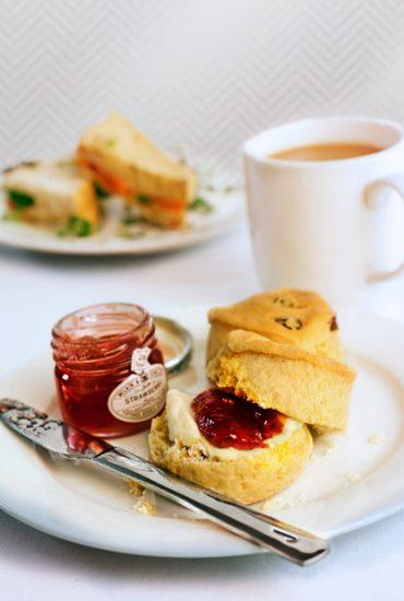 450x620-afternoon-tea-bacwlcy_afternoon-tea
