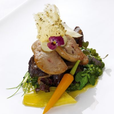 jagdhof_braised-alpine-beef-chekk-with-melting-duck-liver-watercress-risotto-and-baby-vegetables