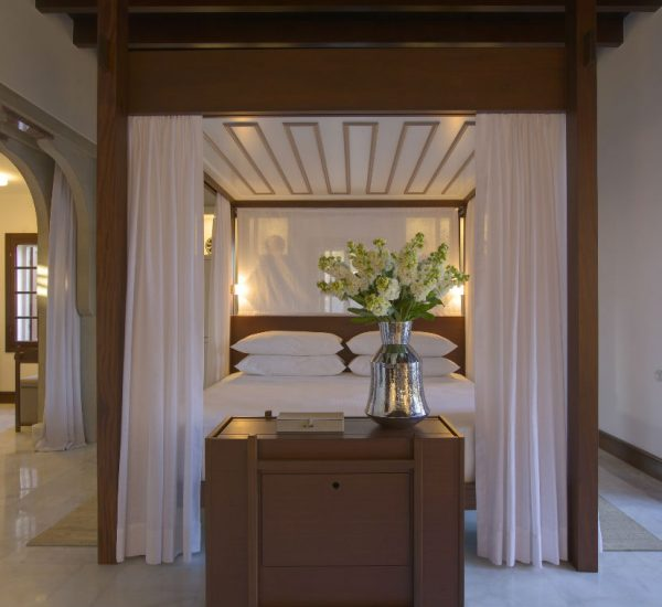 rs1212_amanruya-pool-terrace-cottage-bedroom-lpr