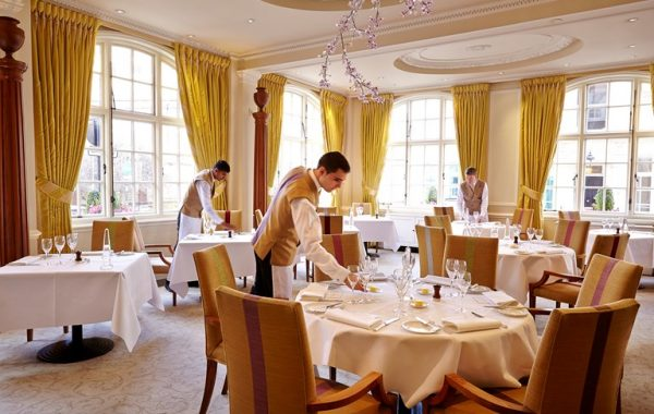 the-goring-dining-room-victoria-london-7