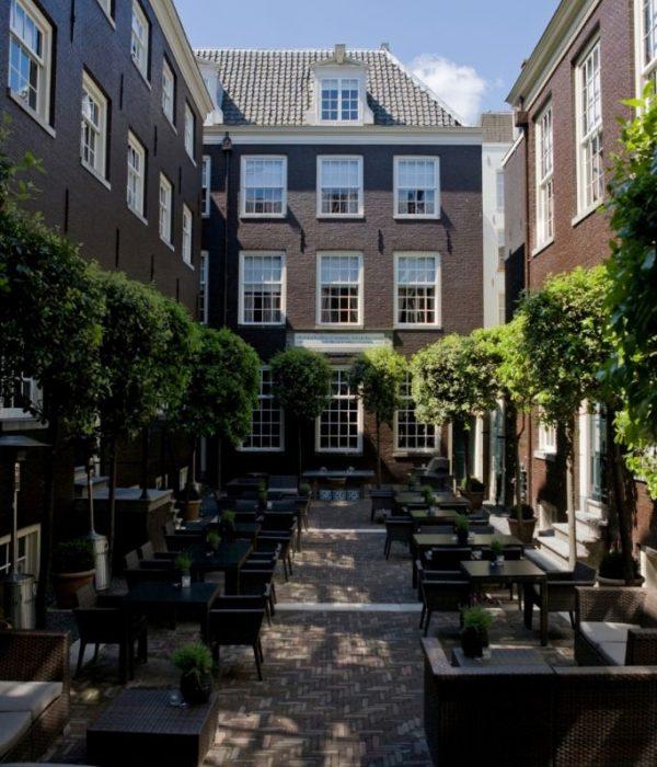 The-Dylan-Courtyard-Garden