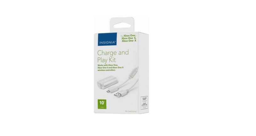 Insignia Charge & Play Kit for Xbox One and One S