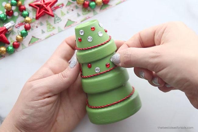 Decorate Terracotta Christmas Tree