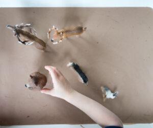 How to make play mud - a sensory activity