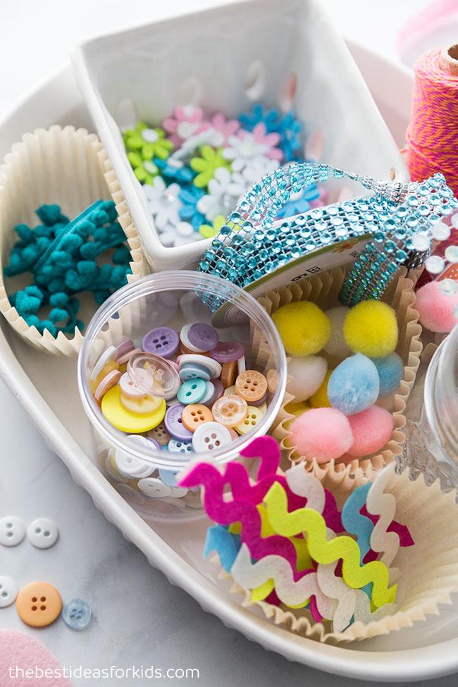 Invitation to Create Felt Easter Eggs