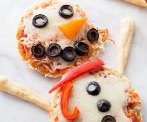 Snowman Pizzas for Kids