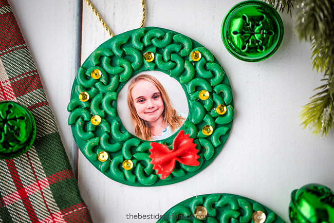 Pasta Macaroni Wreath