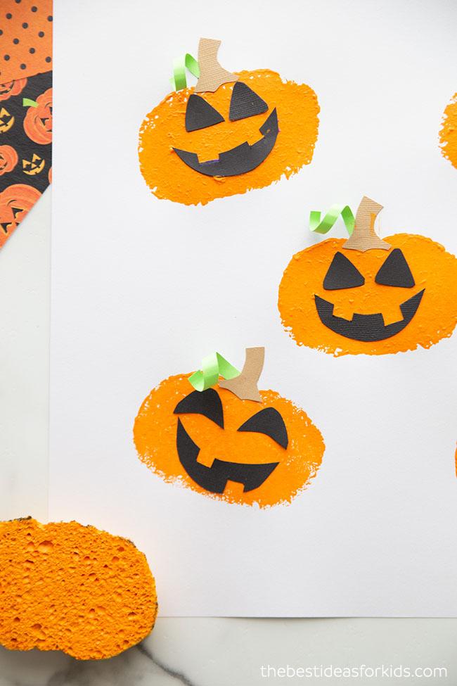 Pumpkin Sponge Painting Craft