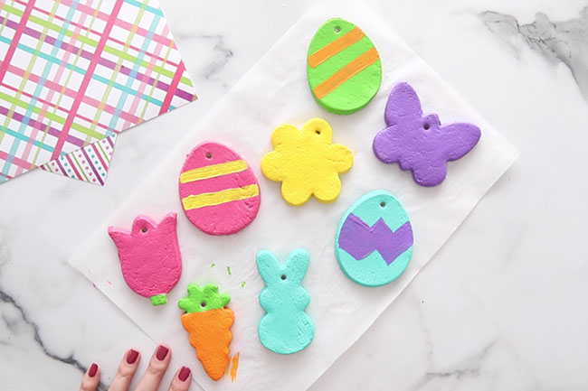 Paint Easter Ornaments