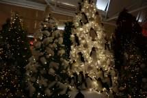 Polar Bears & Penguins on a Christmas Tree?