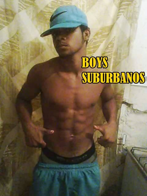 De olho na mala by Boys Suburbanos
