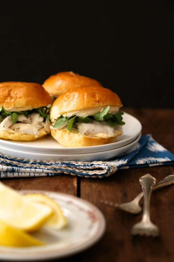 Barramundi Sliders with Honey Lemon Aioli