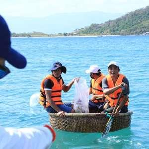 Australis Aquaculture Vietnam Green Day