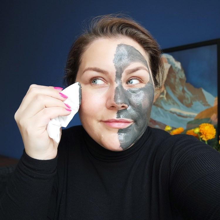 magnetight age-defier masker