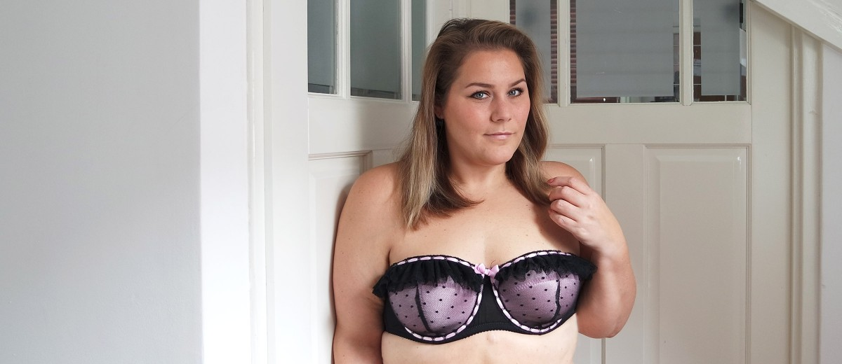 girl talk: strapless bra