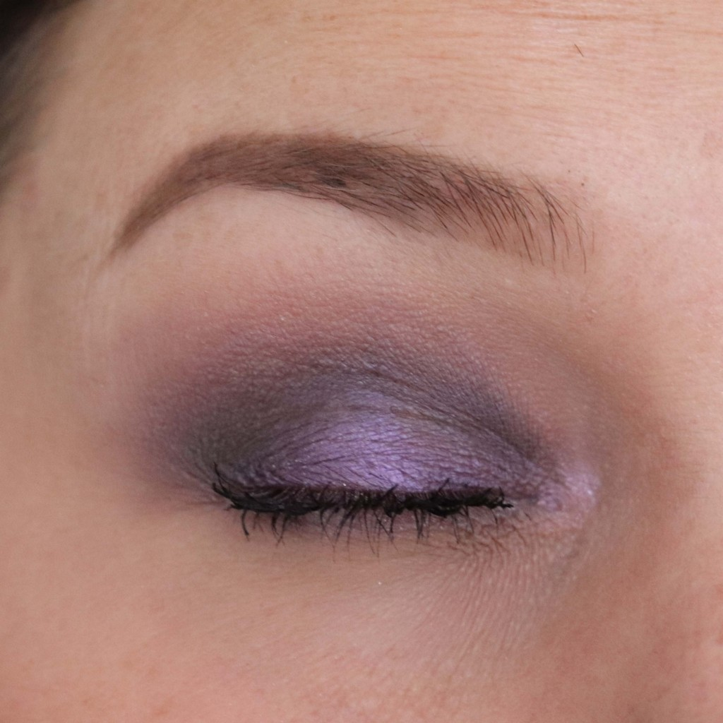 Urban Decay Distortion eyeshadow palette [review]