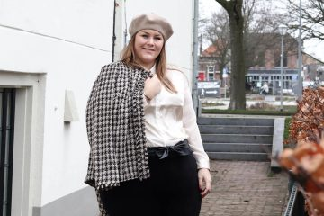 happy size chanel plussize blog fashion 2020 trends boucle jacket thebiggerblog josine