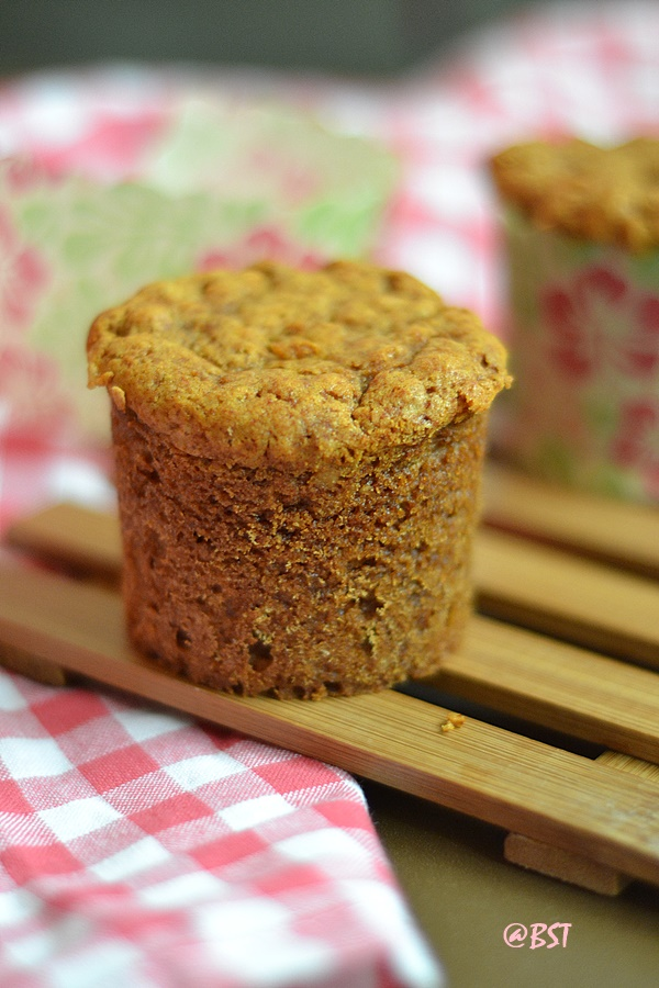 White House Honey Oat Muffins
