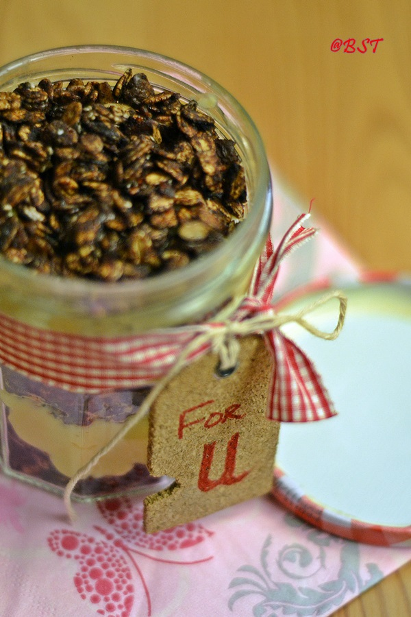 Cheesecake Granola Dessert Jar
