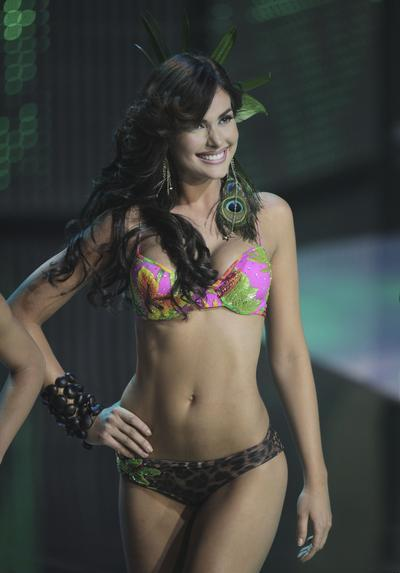 irene-esser bikini