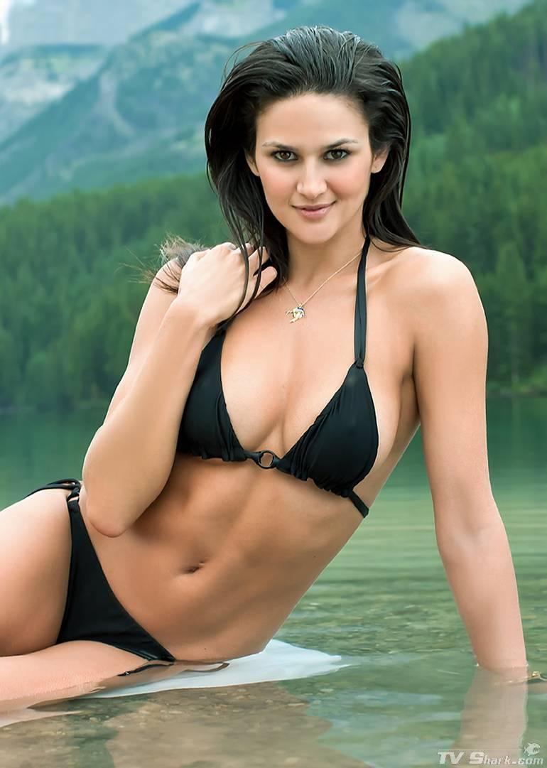 leryn_franco_bikini